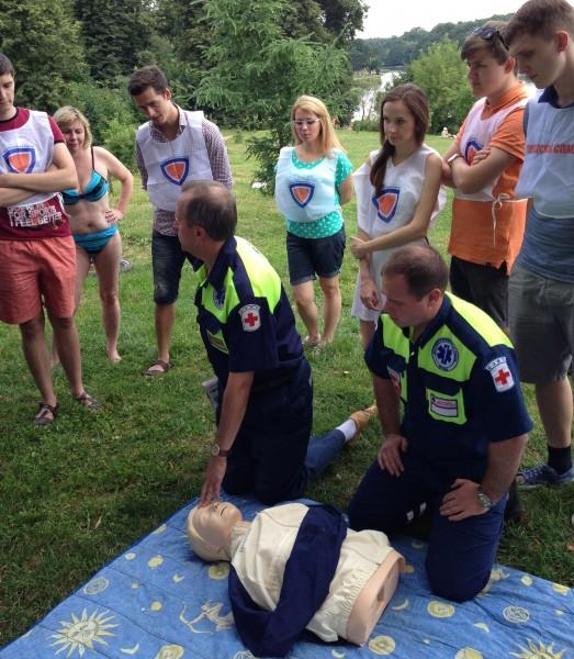 Городские Спасатели проводят занятия по оказанию ПДП