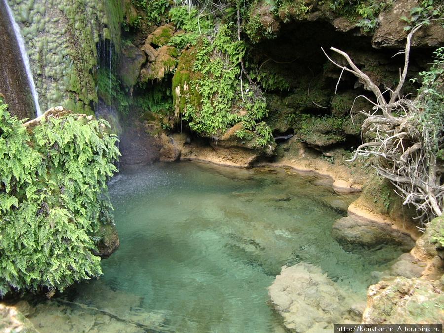 Vodopad-El-Nitcho-Kuba