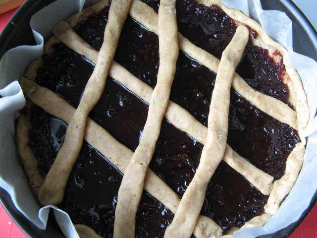Пирог с  джемом формовка