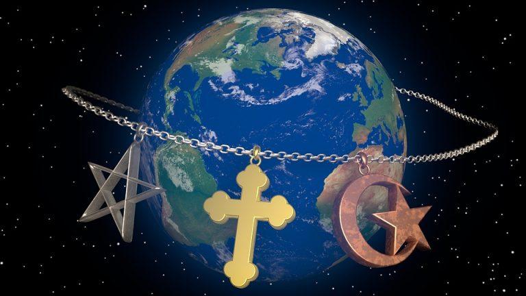 https://samosoverhenstvovanie.ru/wp-content/uploads/2018/02/religion-1637241_960_720-768x432.jpg