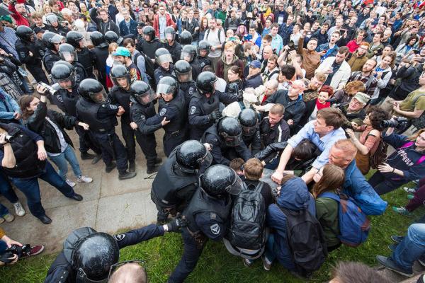 В РФ «гражданская война»? А между кем и кем?