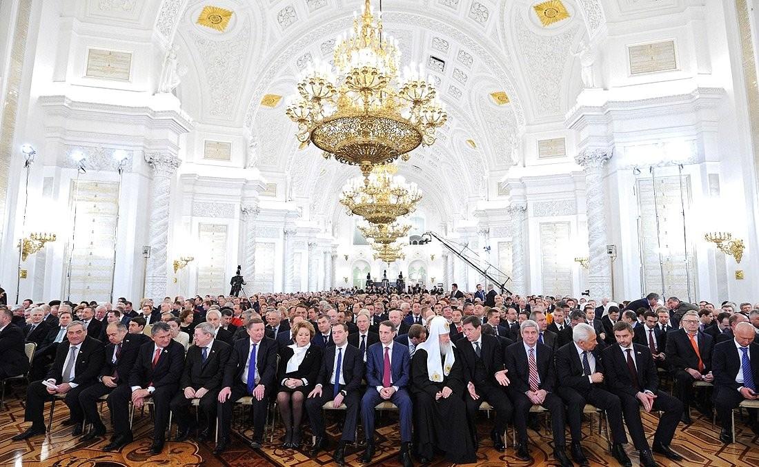 http://static.kremlin.ru/media/events/photos/big2x/U7Hqu7SpAAfBolYBpXMKHCSWDMFxm6cz.jpeg