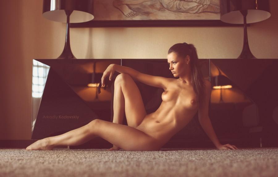 основе женщины на грани голые струва гледа