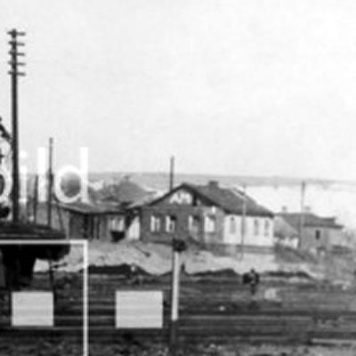 An assault gun of a SS mechanized div. crossin the railway aerea of Bjelgorod. End of march 1943 2