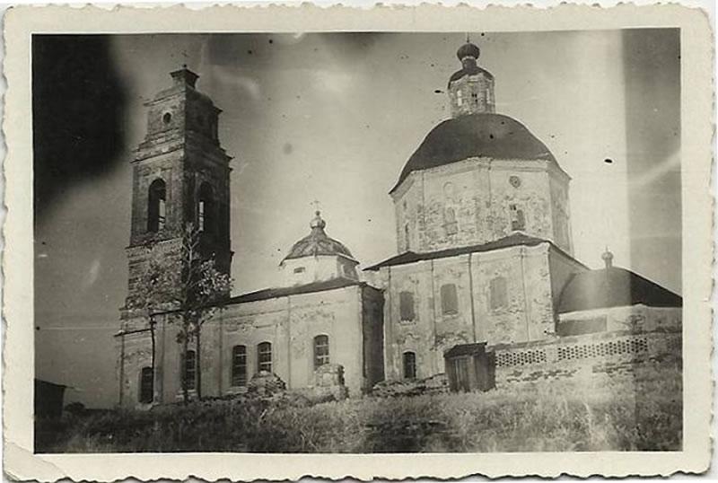 Церковь Успения Пресвятой Богородицы в селе Ливенка (aka Nikolajewka) Белгородской области - оккупация