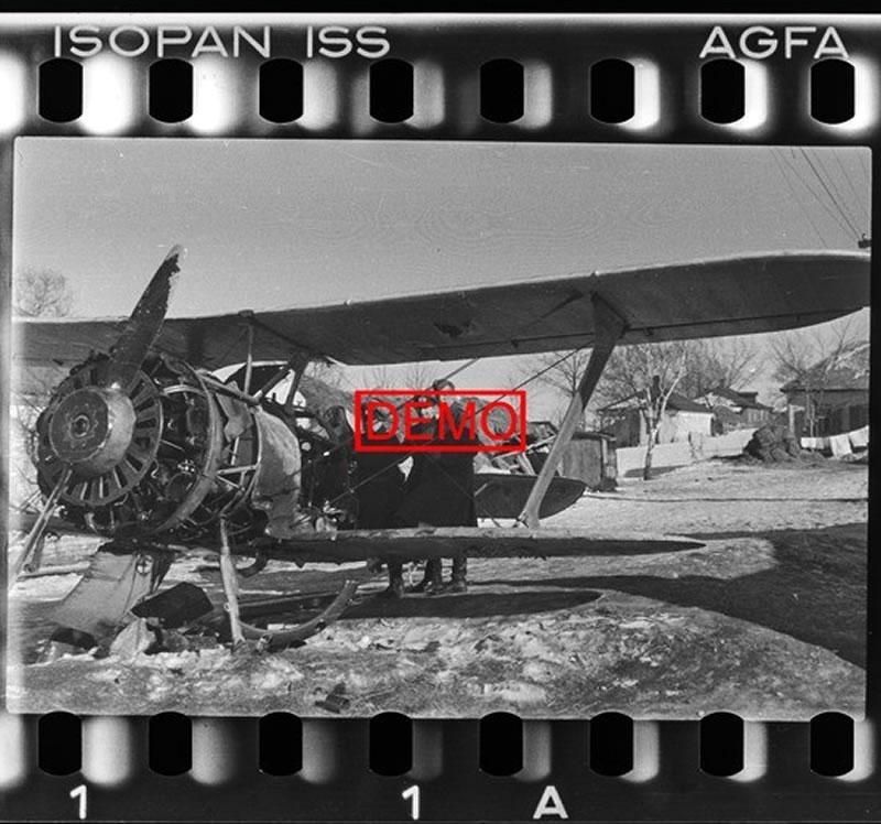 Советский истребитель И-15бис на Харьковской улице Белгорода