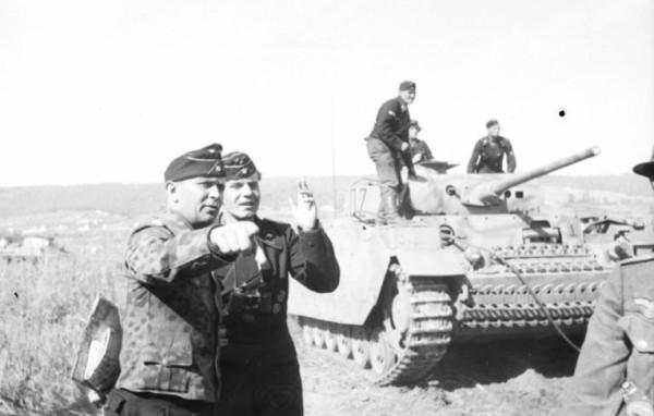 Bundesarchiv_Bild_101I-022-2922-13,_Russland,_Adelbert_Schulz,_Oberstleutnant_der_Panzertruppen