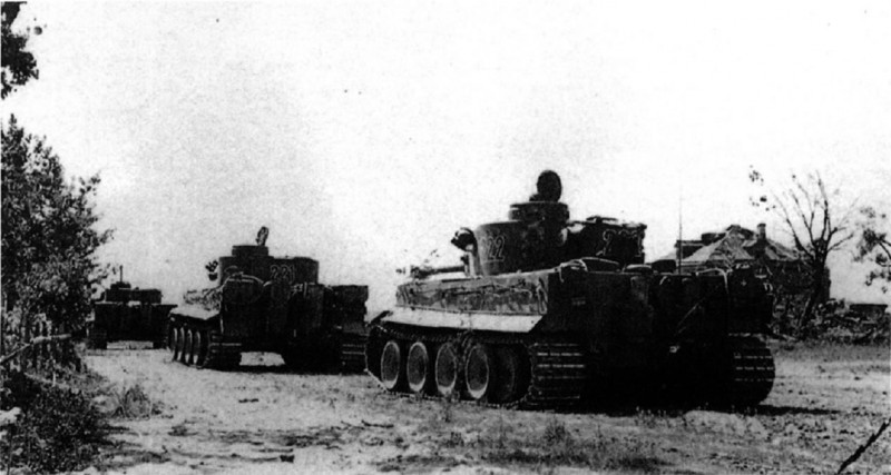 Wolfgang Schneider, Тigers in combat I - The 2.schwere Panzer-Abteilung 503 was attached to the 19.Panzer-Division for the operation