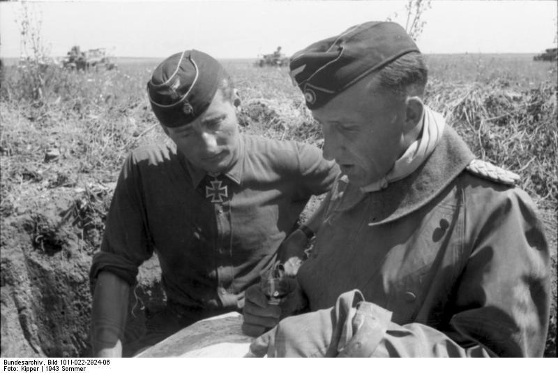 Bundesarchiv_Bild_101I-022-2924-06,_Russland,_Oberst_v._Hünersdorff und oberst Hermann von Oppeln-Bronikowski