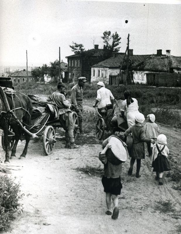 Белгород,  ул.Октябрьская в августе 1943-го