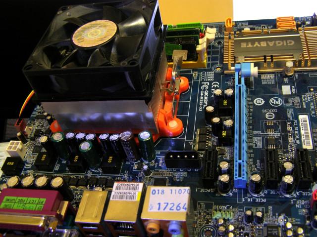 GigaByte GA-M55S-S3 rev_2.0 после перепайки