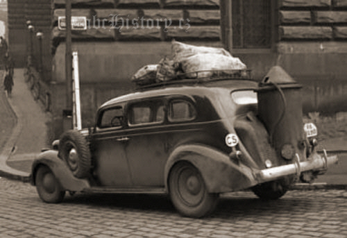 auto-drevoplyn-praha-vaclavske-namesti-p2