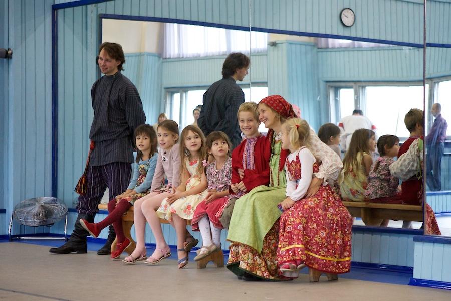 Занятия с детьми в Клубе Слобода