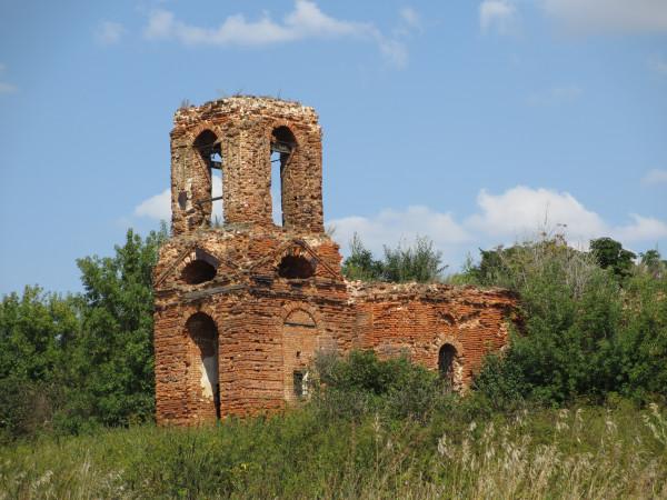 И часовню 16 века я разрушила!