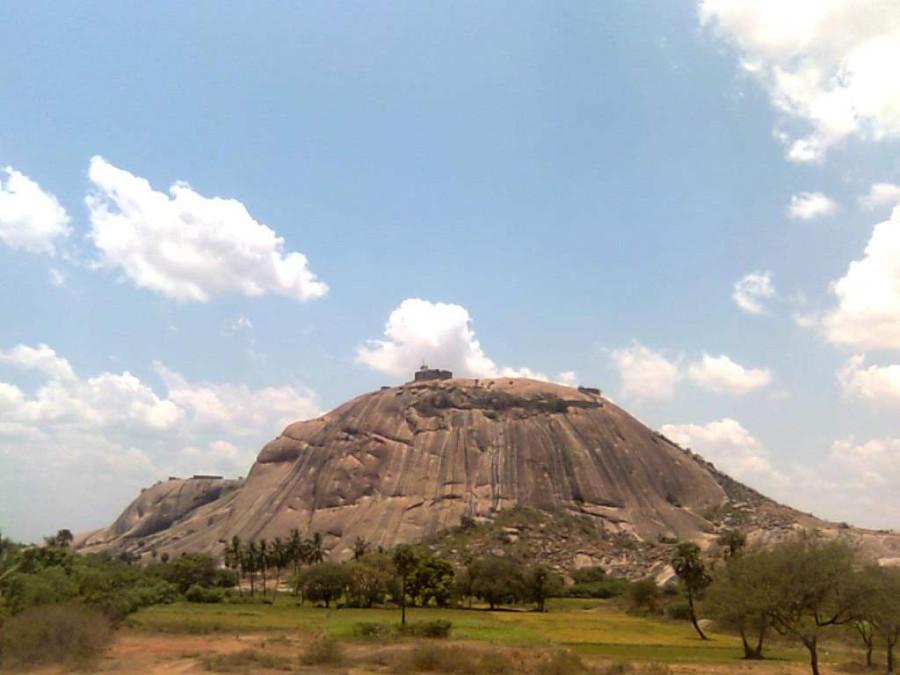 Bhongir-Fort-Hyderabadpackages-com1.jpg