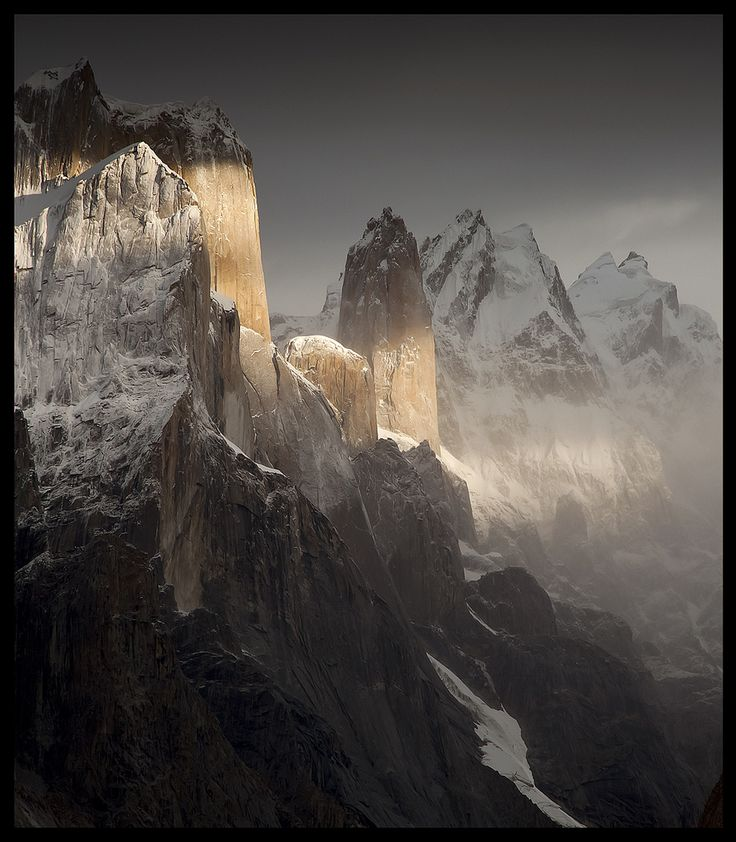 East-Face-The-Ultimate-Vertical-Climb.jpg