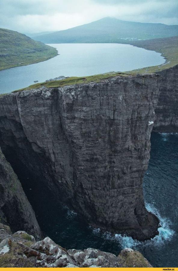 Фарерские-острова-Сорвагсватн-красивые-картинки-удалённое-3324978.jpeg