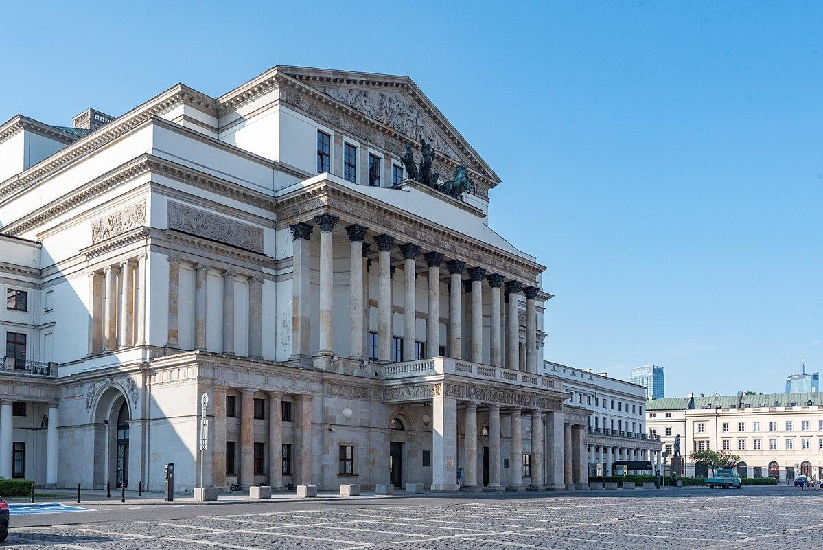 Большой театр Варшава.jpg