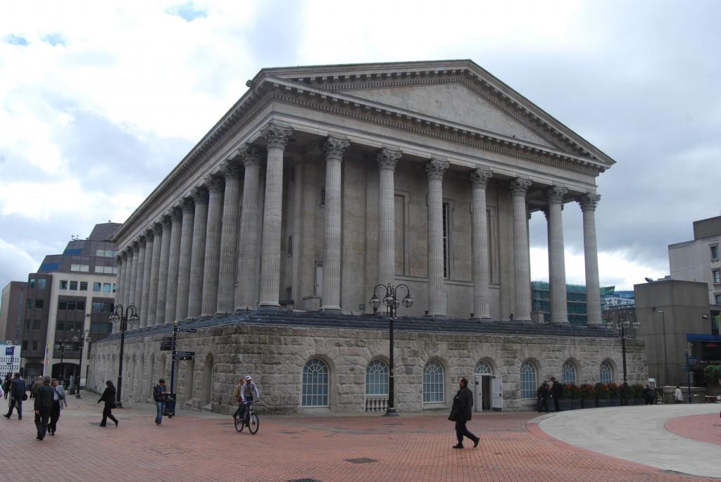 Birmingham-city-Town-Hall.jpg