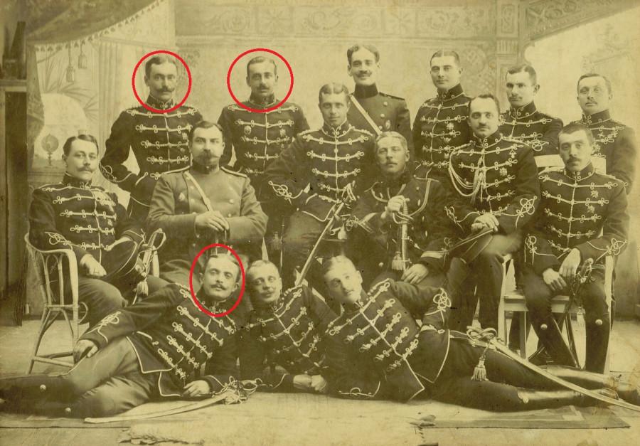Офицеры 14-го гусарского Митавского полка. 1913 год. Город Ченстохов.jpg