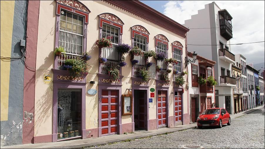 3.Calle Perez de Brito-03208