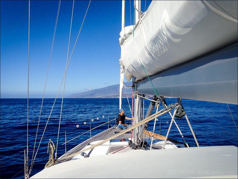 яхта-3587