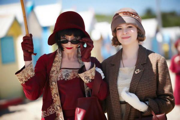 кинонаряды, а также шляпки и прочая красота Miss-Fishers-Murder-Mysteries-3