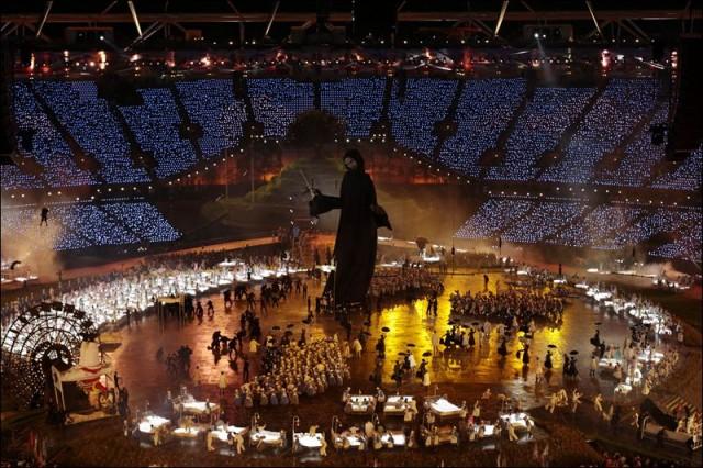 London-Olympics-Opening-Ceremony-3-640x426