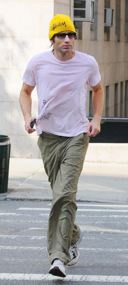 David Duchovny jogging...