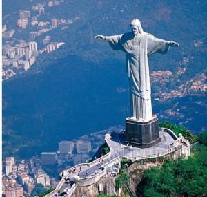 статуя-Христа