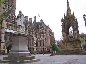 Манчестер.