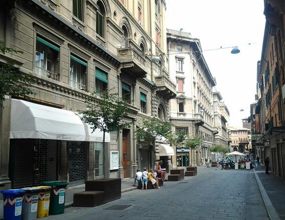 Улица в Болонье