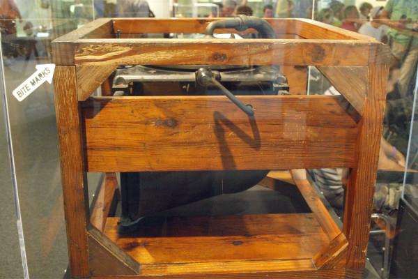 Edison Bite Mark Phonograph