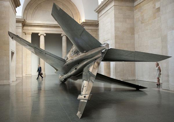 airplane-installation-in-tate-britain-modern-art-museum-by-fiona-banner_-idnm_2