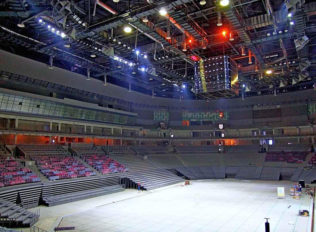 Ледовая арена 18