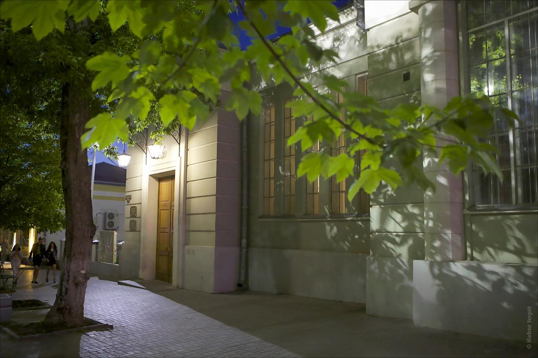 Библиотека ночь 5