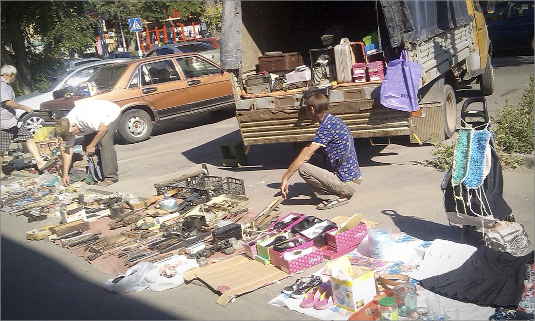 Таганрогский блошинный рынок 15