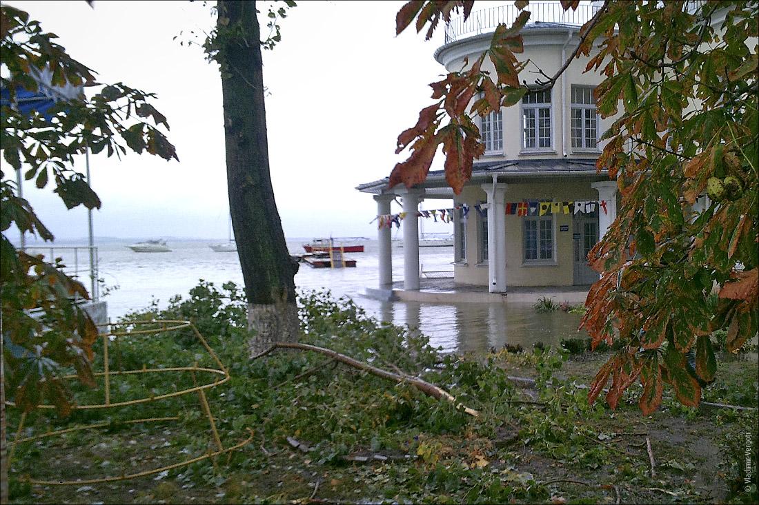 Ураганный Таганрог38