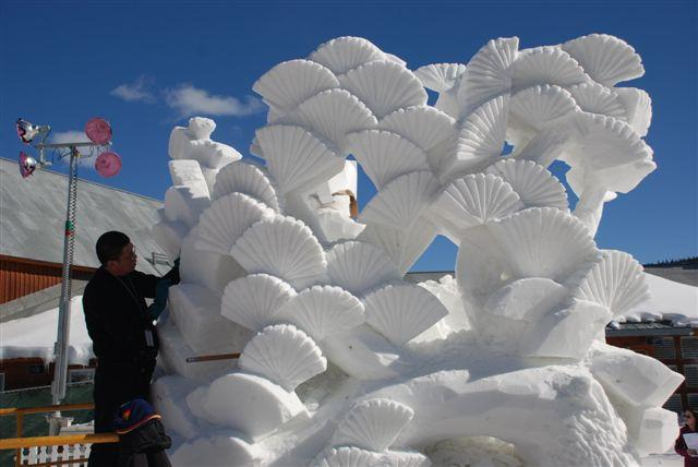 International-Snow-Sculpture-Competition-Breckenridge-Chinese-Entry