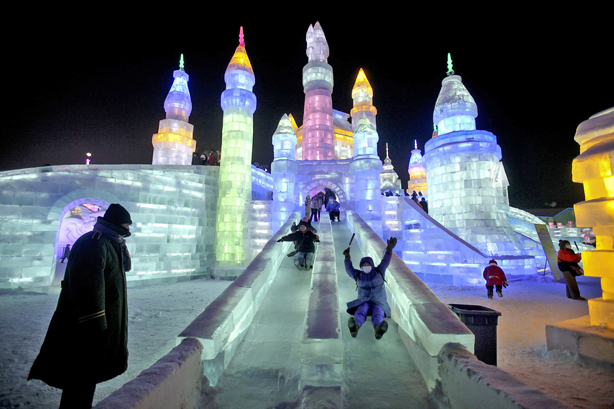 Harbin-International-Ice-and-Snow-Sculpture-Festival5