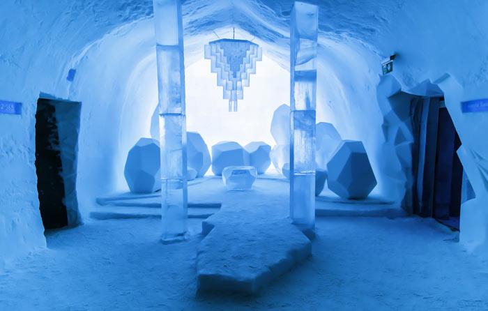 Icehotel_Ice_Hotel_Jukkasjarvi_Sweden_2