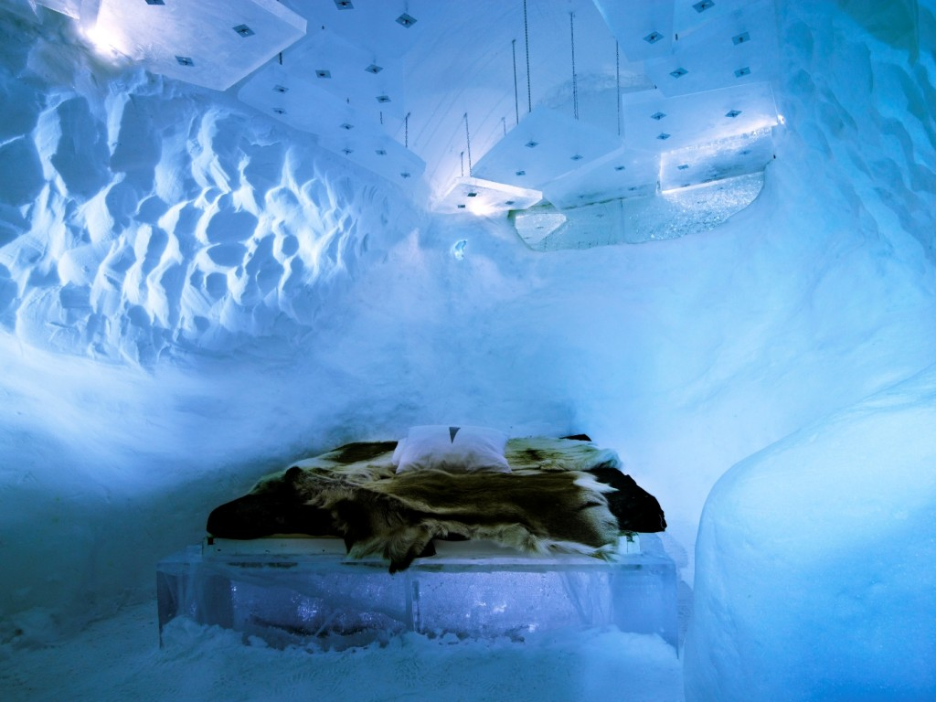 ICEHOTEL-room-1024x768