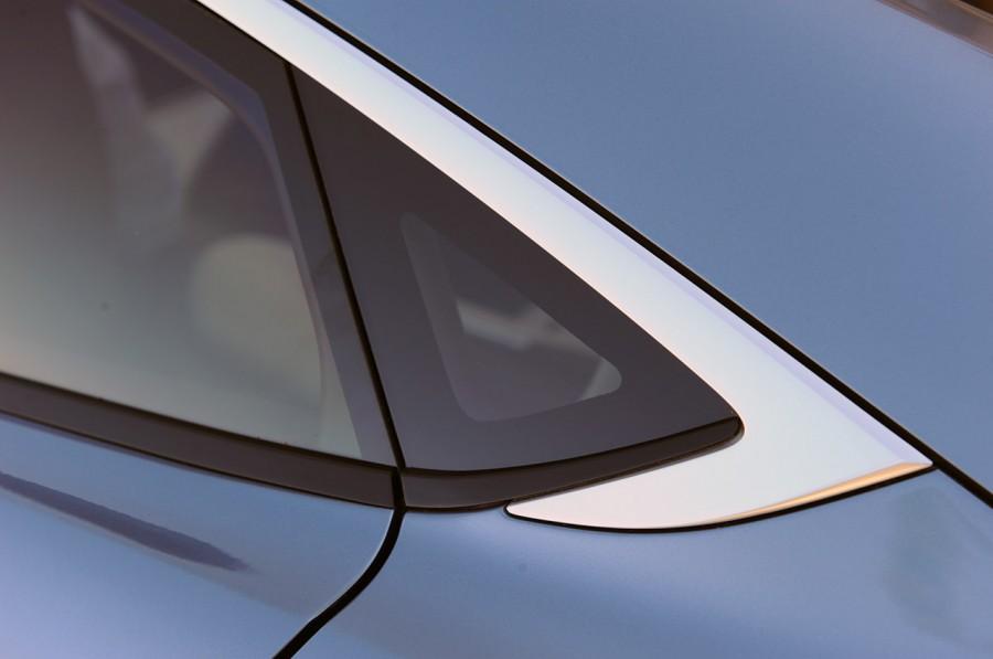 Mazda-Shinari-Concept-33