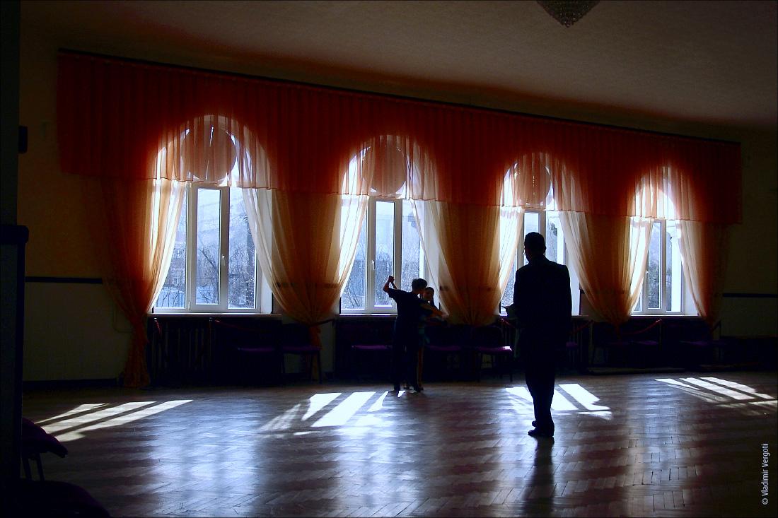 Учитель танцев