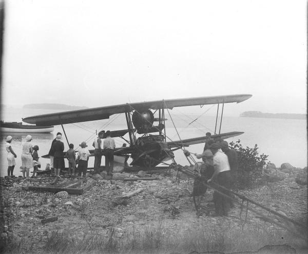 Maine-Plane-D_C