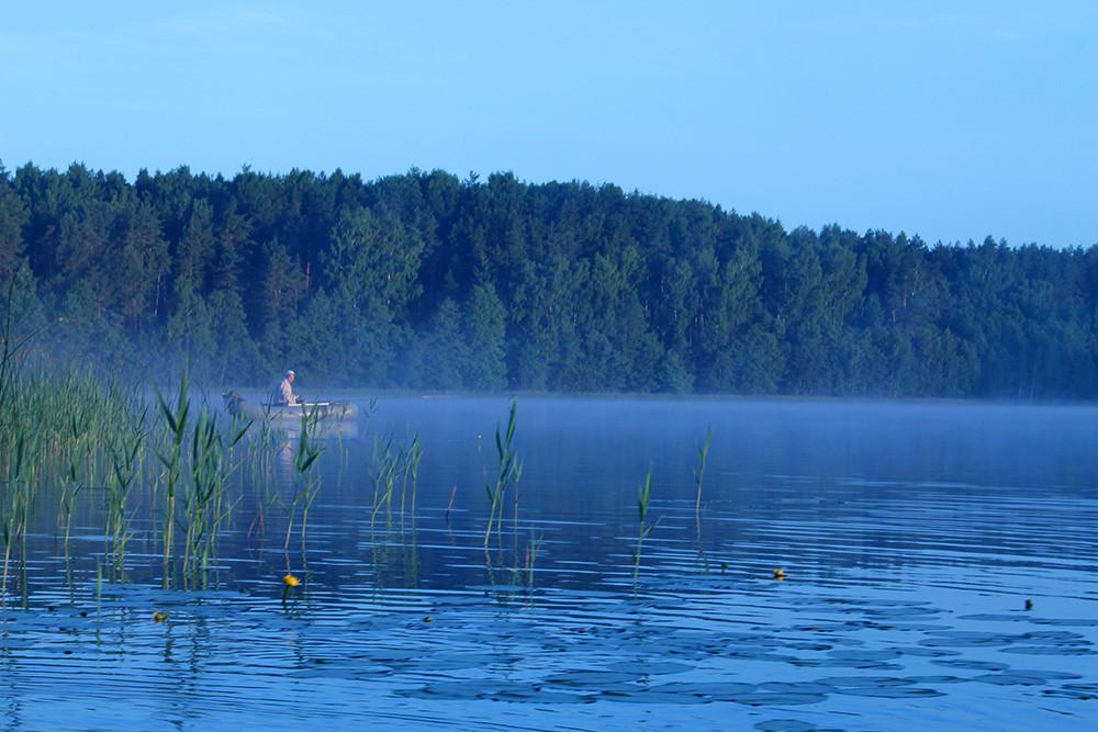 Утро на Веркудском озере