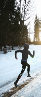 running_in_snow