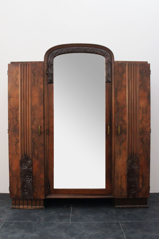 Антикварная французская спальня из 9 предметов. Набор мебели в стиле Арт-Деко. Европа, 1920-е гг.