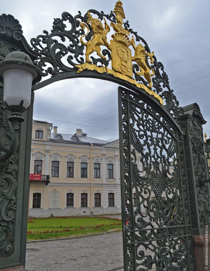 https://www.tourister.ru/world/europe/russia/city/saint_petersburg/castles/12509/responses/4224