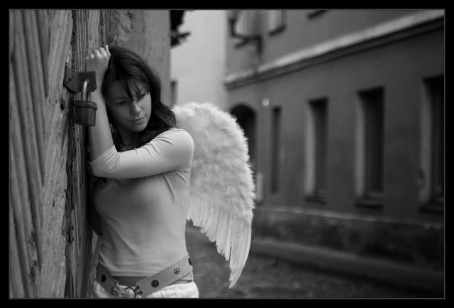 не ангелы я не твоя: